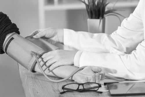 Cholesterin- Blutzucker- & Blutdruckmessung